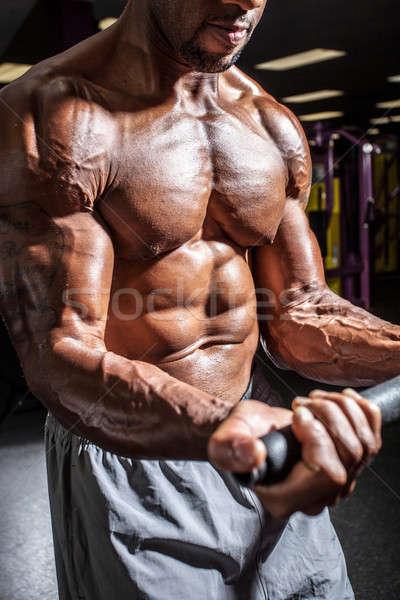 Gewicht gespierd lichaam bouwer gymnasium Stockfoto © arenacreative
