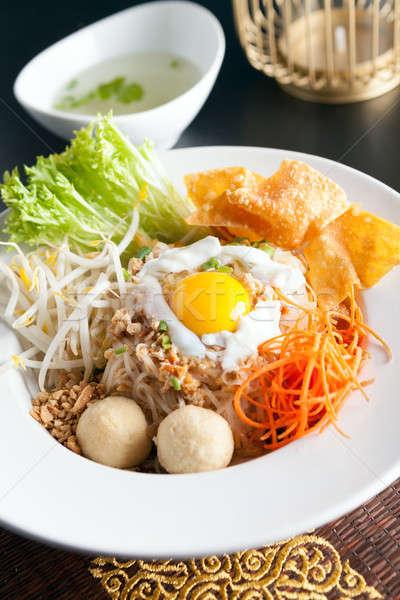 Thai tészta edény tükörtojás stílus rizs Stock fotó © arenacreative