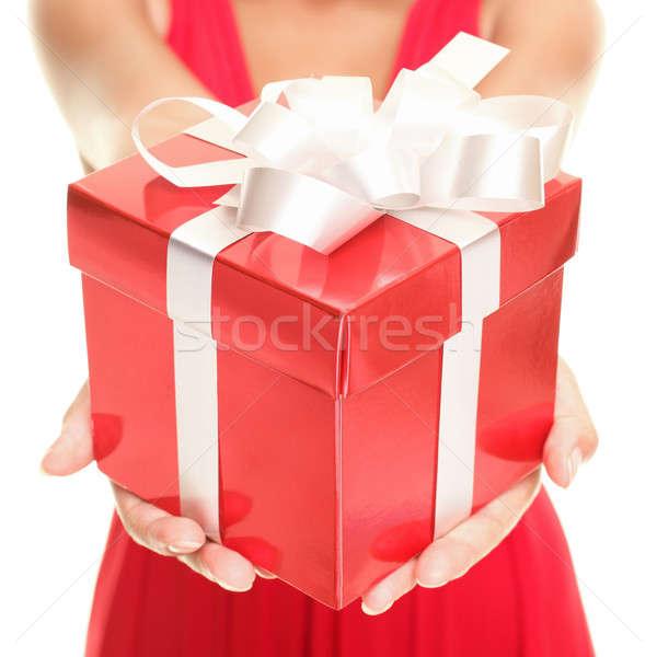Foto stock: Regalo · mujer · hermosa · rojo · caja · de · regalo