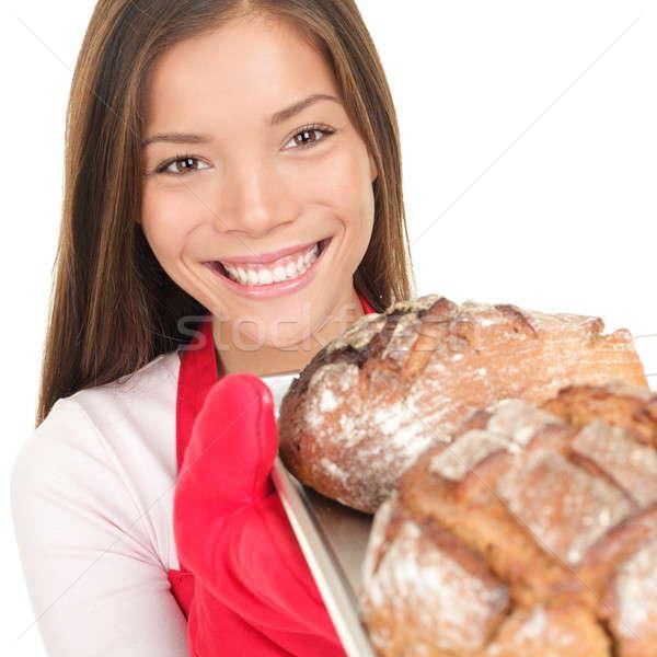 Stock fotó: Nő · mutat · friss · sült · kenyér · sütés