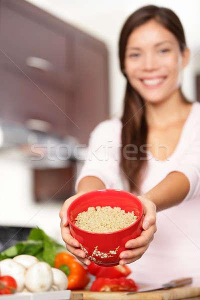 Foto stock: Mujer · tazón · cocina · saludable · ensalada