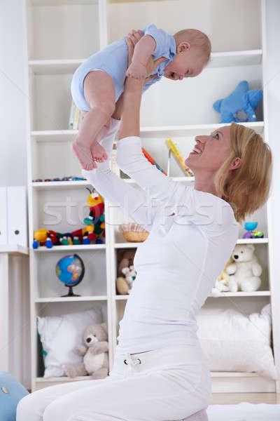Anne oynamak bebek oda eğlence çocuk Stok fotoğraf © armstark