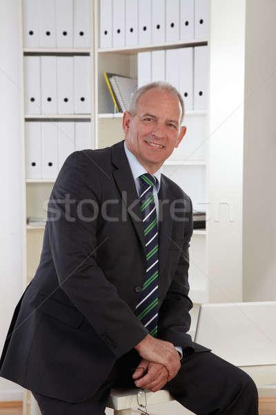 Eski iş adamı ofis adam çalışmak işadamı Stok fotoğraf © armstark