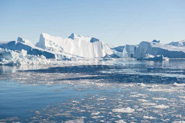 красивой айсберг вокруг Blue Sky воды морем Сток-фото © Arrxxx