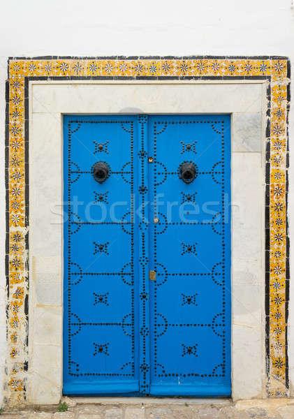 Azul porta ornamento azulejos parede Foto stock © Arsgera