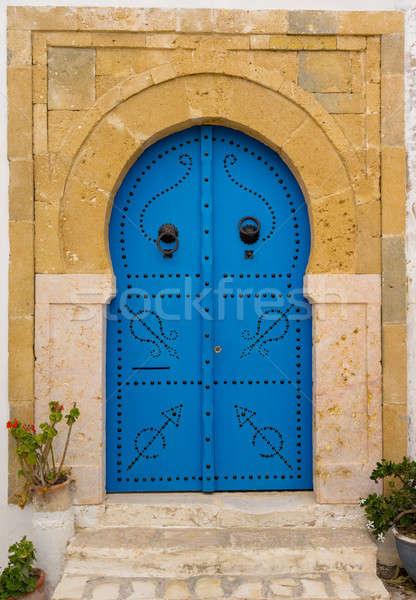 Oude Blauw deur boog Tunesië muur Stockfoto © Arsgera