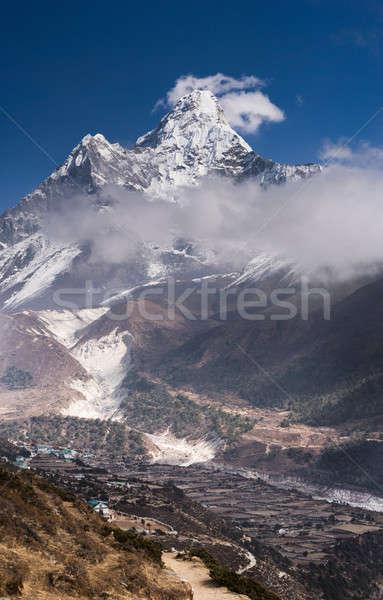 Panorâmico ver himalaia aldeia vertical Foto stock © Arsgera