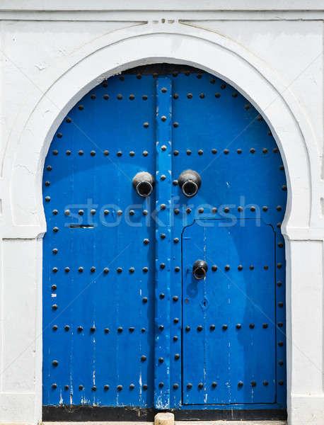 Azul portão porta ornamento parede rua Foto stock © Arsgera