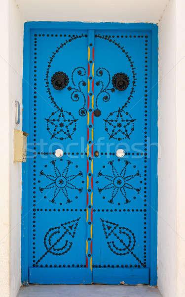 Azul porta ornamento parede rua janela Foto stock © Arsgera