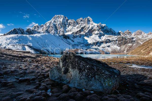 Sacré lac village montagne himalaya Voyage Photo stock © Arsgera