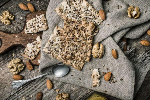 ストックフォト: おいしい · クッキー · 種子 · ナッツ · はちみつ · 木材