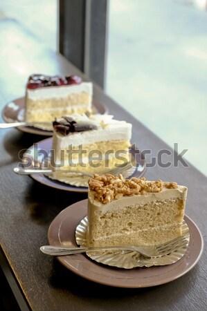 Tres piezas tortas frutas fondo color Foto stock © art9858