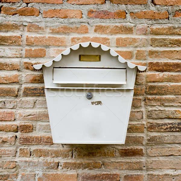 Beyaz posta kutusu duvar kâğıt ahşap Metal Stok fotoğraf © art9858