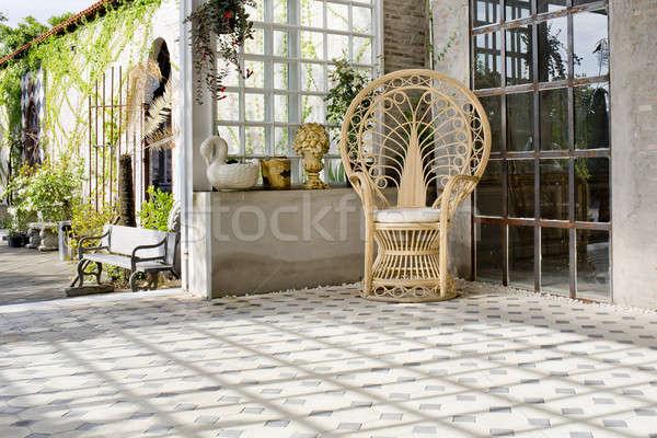 Luxe stoel outdoor huis natuur ontspannen Stockfoto © art9858