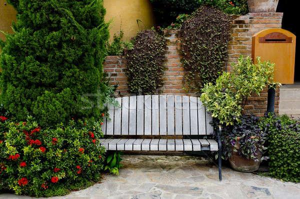 Klasszikus kert pad terv otthon narancs Stock fotó © art9858