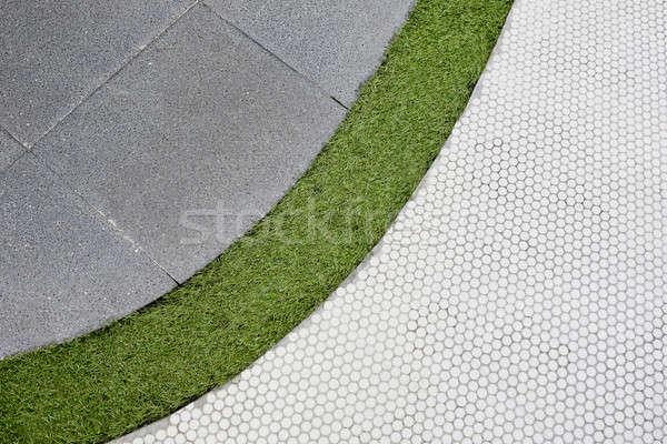 Piedi · piedi · percorso · erba · verde · piastrelle · texture