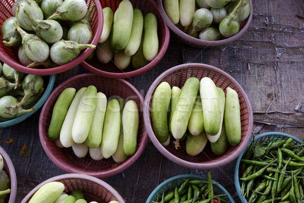 Tailandia mercado vegetales cesta pepinos Foto stock © art9858