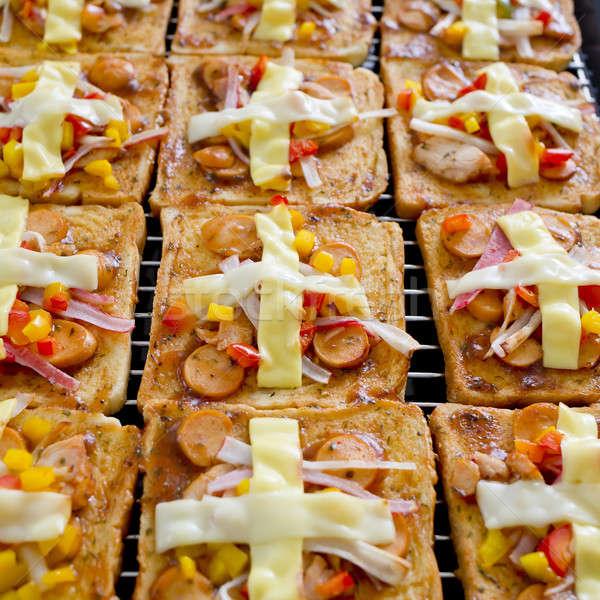 Pizza cheddar mozzarella sajt házi készítésű tálca Stock fotó © art9858