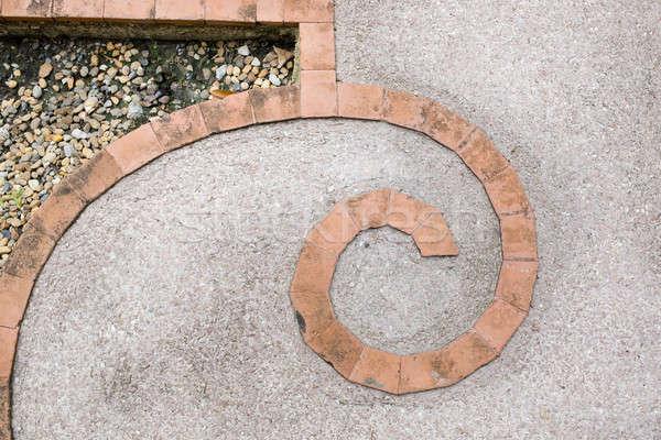 Foto stock: Telha · tijolo · curva · forma · cimento · piso