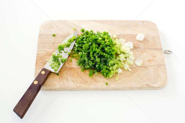 Wiosną cebula deska do krojenia nóż drewna charakter Zdjęcia stock © art9858