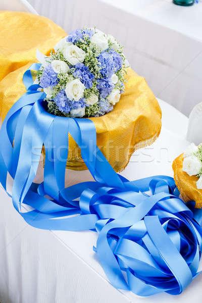 Virágcsokor virágok rózsák gyönyörű Stock fotó © art9858