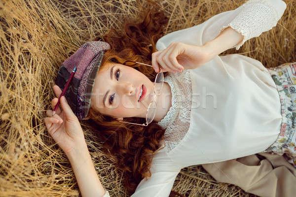 студент писателя природы женщину мышления глядя Сток-фото © artfotodima