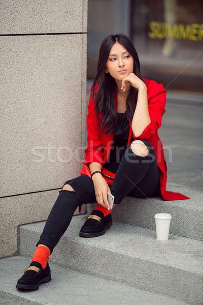 азиатских деловой женщины улице молодые женщину смартфон Сток-фото © artfotodima