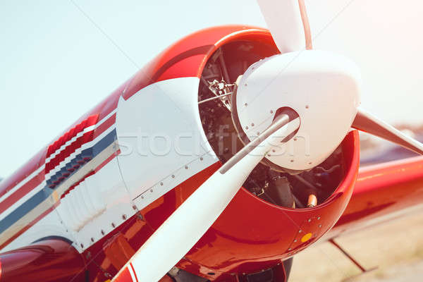Avião hélice ao ar livre esportes vermelho Foto stock © artfotodima