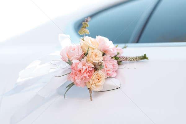 Luxe bruiloft auto ingericht bloemen mooie Stockfoto © artfotodima