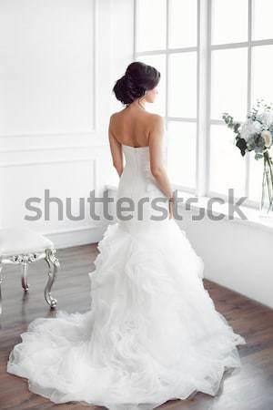 Stockfoto: Bruid · jonge · vrouwen · trouwjurk · heldere · kamer · mooie