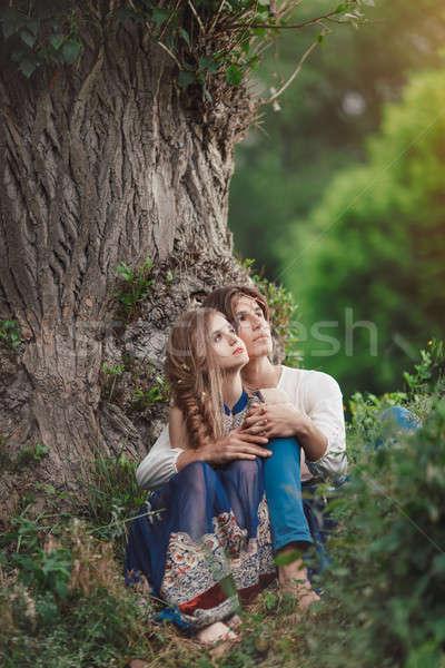 Amor ao ar livre sessão floresta Foto stock © artfotodima