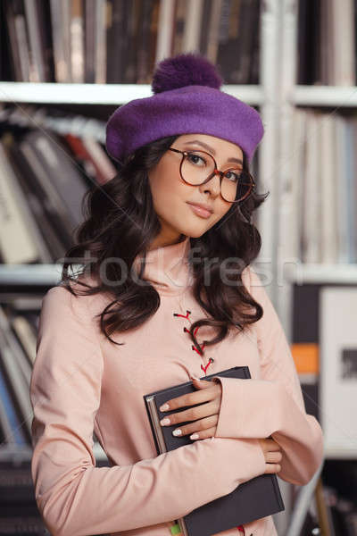 азиатских студент книга библиотека женщину Сток-фото © artfotodima