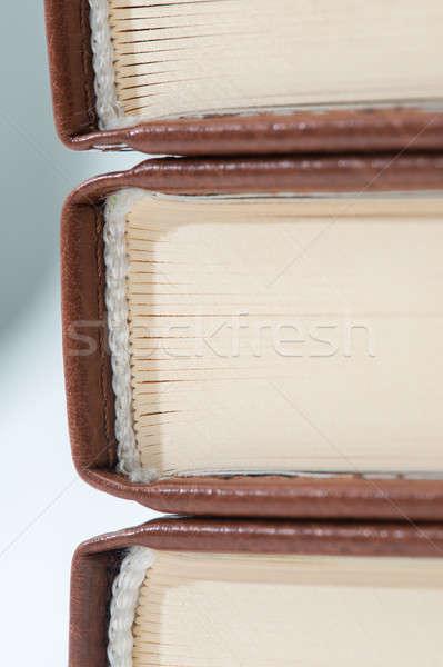 Libri primo piano tre indietro lato Foto d'archivio © artfotoss