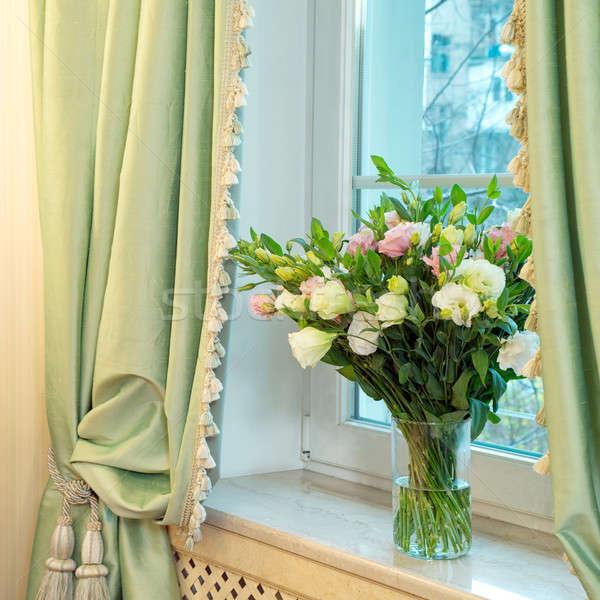 花瓶 バラ ウィンドウ 花束 美しい ガラス ストックフォト © artfotoss