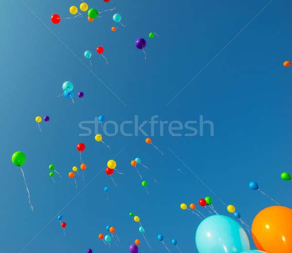 Repülés szín léggömbök színes kék ég boldog Stock fotó © artfotoss