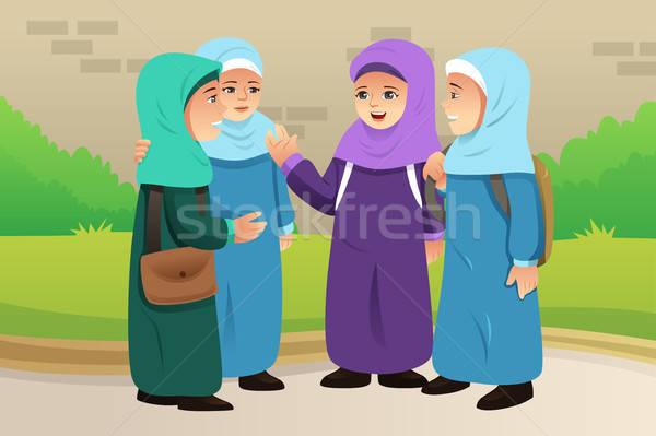 Stok fotoğraf: Müslüman · çocuklar · konuşma · birlikte · kızlar · kadın