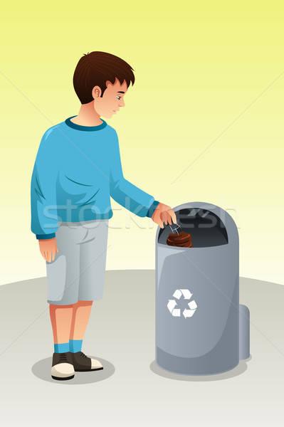 мальчика рециркуляции мусор мусорное ведро ребенка молодые Сток-фото © artisticco