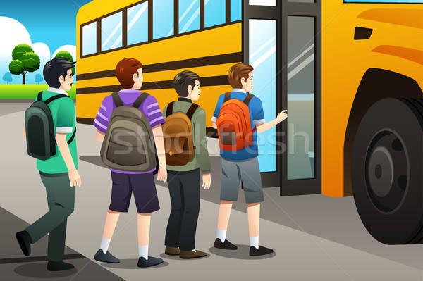 Gyerekek iskolabusz gyerekek oktatás diákok fiatal Stock fotó © artisticco