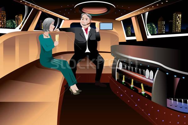 Nyugdíjas pár limuzin romantikus élvezi pezsgő Stock fotó © artisticco