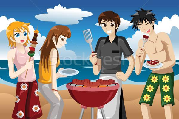 Młodych ludzi BBQ plaży uśmiech mężczyzn młodych Zdjęcia stock © artisticco