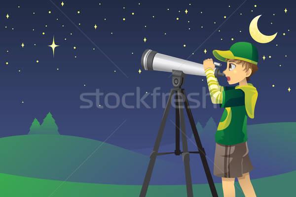 Néz csillagok távcső fiatal srác égbolt hold Stock fotó © artisticco