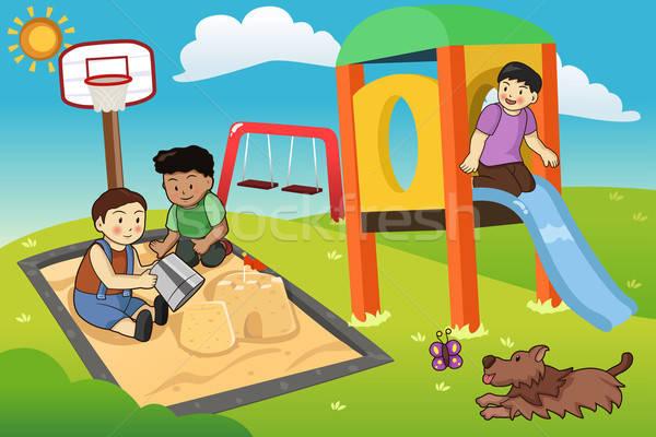 Enfants jouant aire de jeux heureux chien enfants amis Photo stock © artisticco