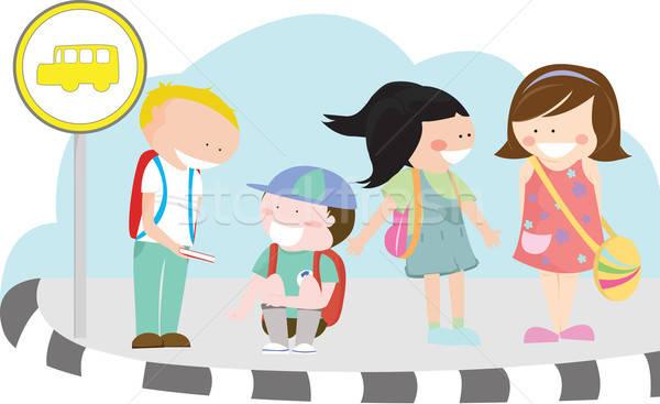 子供 バス停 グループ 待って スクールバス 学校 ストックフォト © artisticco