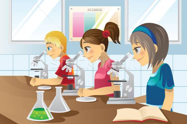 Kinderen wetenschap lab studeren meisje school Stockfoto © artisticco