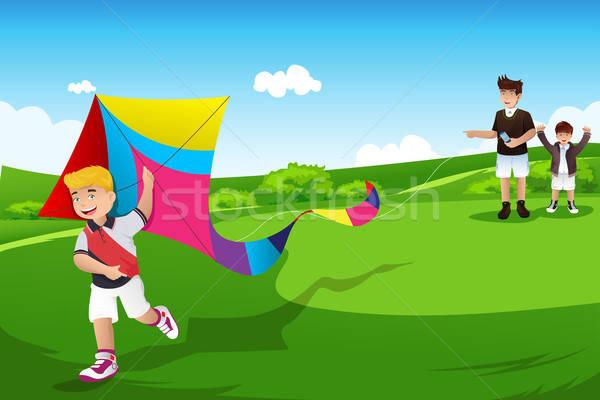 Jongens vliegen Kite vader twee Open Stockfoto © artisticco