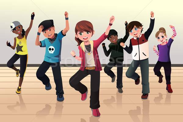 Kids in hip hop dance class Stock photo © artisticco