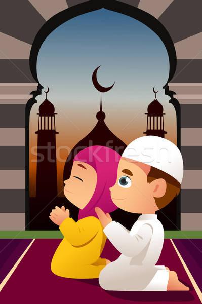 Musulmans enfants prière mosquée garçon jeunes Photo stock © artisticco