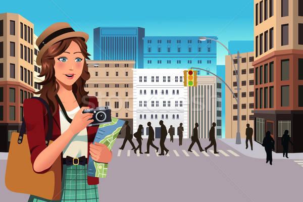 Feminino turista verão belo menina sorrir Foto stock © artisticco