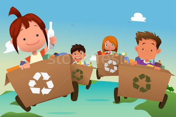 Gruppe Kinder Recycling Papierkorb Mädchen glücklich Stock foto © artisticco