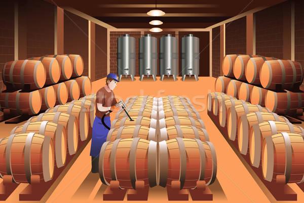 Werknemer wijnmakerij wijn man industrie jonge Stockfoto © artisticco